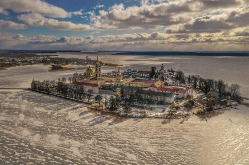 Точки притяжения: как пандемия заново открыла нам путешествия по России