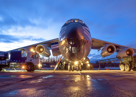Ночная Тверь встретила молодых лётчиков