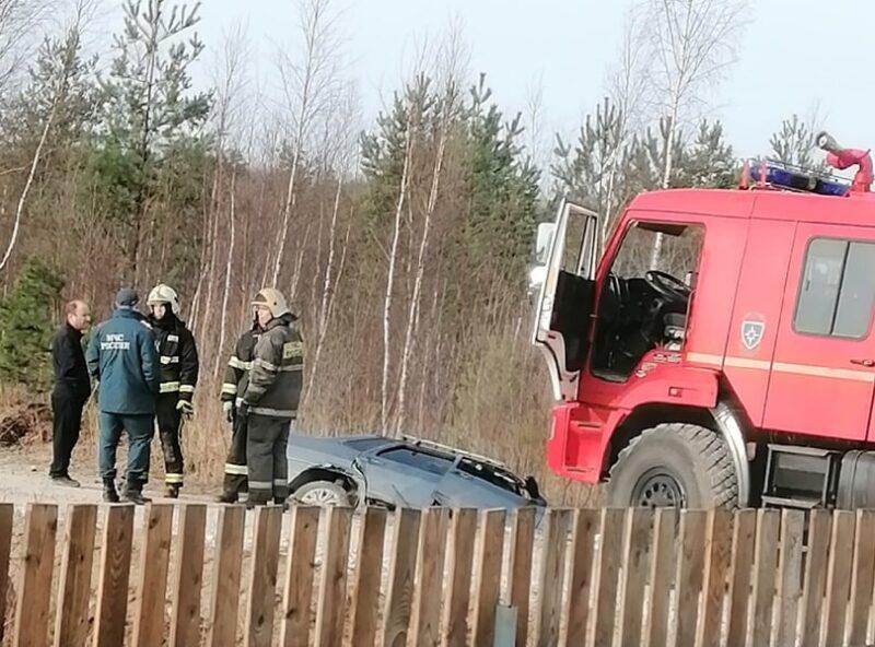 Водитель и его железный конь утонули в придорожной канаве под Тверью
