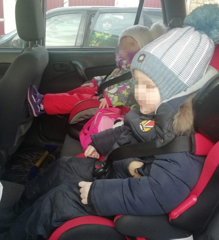 Госавтоинспекторы проверили, как родители перевозят детей в Торопце