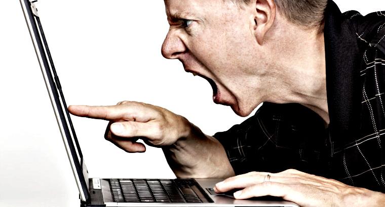 Интернет-агрессор заплатит штраф в 5 тысяч рублей за оскорбление