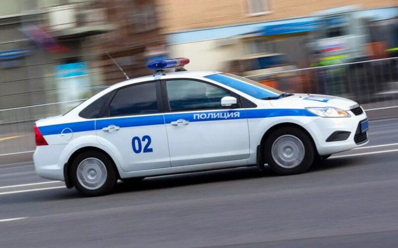 Водителя сбившего женщину на обочине нашли в Тверской области