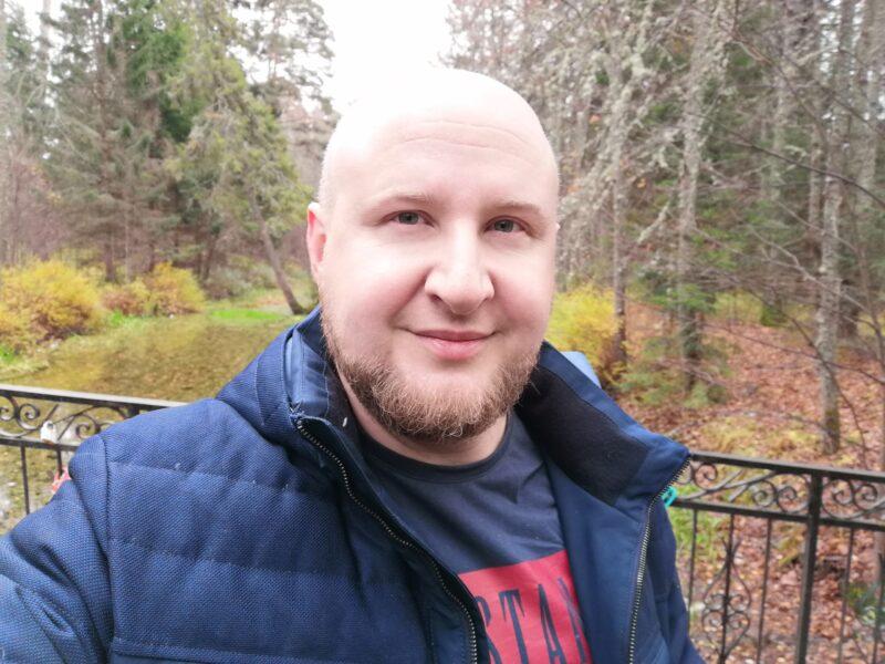 Сергей Савинов: Радует, что власть все чаще делает выбор в пользу социальной политики