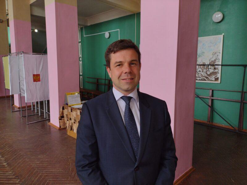 Директор торжокского ООО «Вертикаль» проголосовал на предварительных выборах