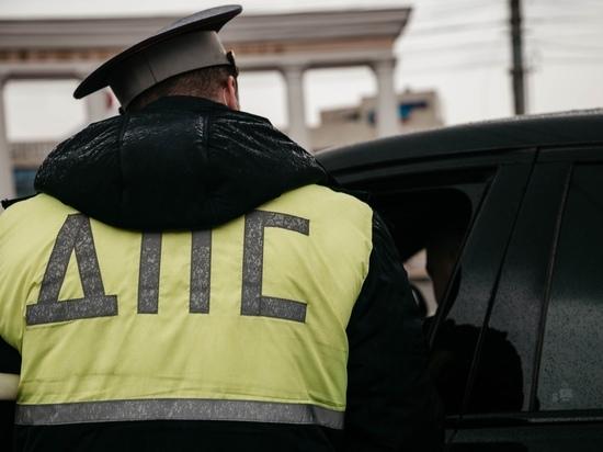 В Тверской области в аварии между иномаркой и отечественным авто пострадали два человека