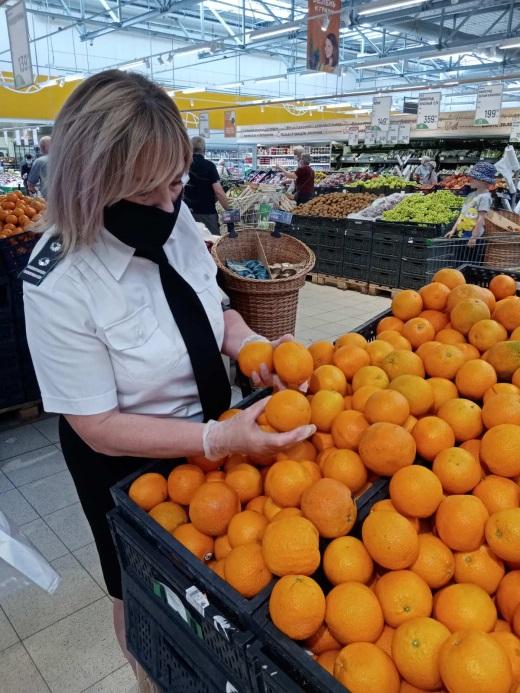 Мониторинг карантинного фитосанитарного состояния продукции провели в Тверских гипермаркетах