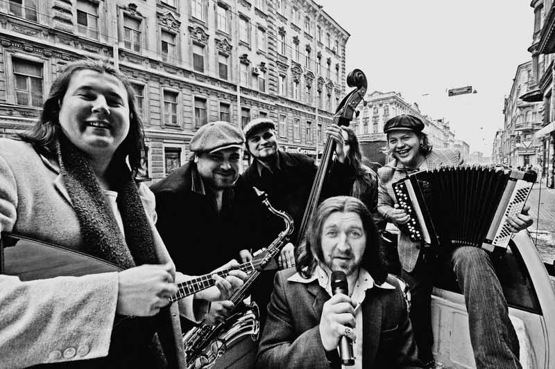 Питерская группа «Ля-миноръ» заставит жителей Твери ностальгировать по шестидесятым