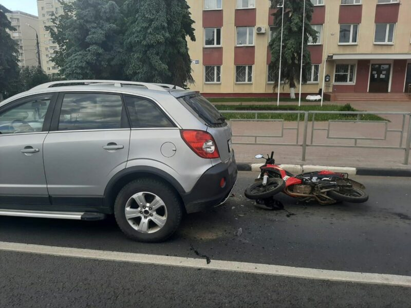 В Твери произошло ДТП с участием скутера
