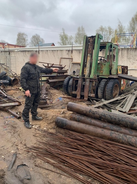 Житель Твери украл автопогрузчик и бетономешалку, чтобы заработать