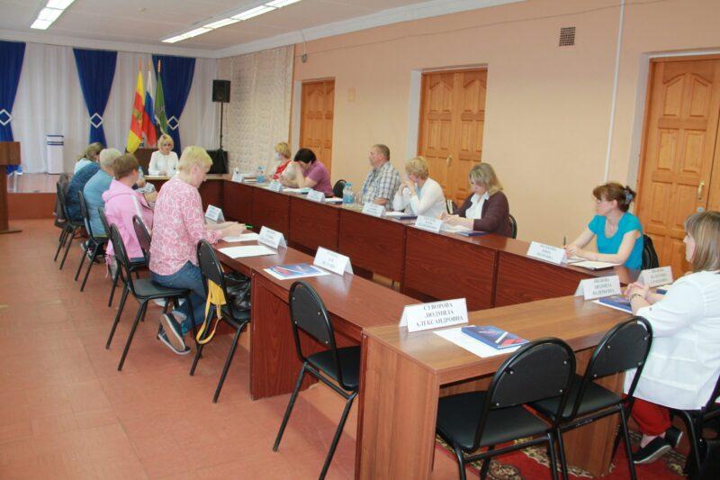 Новая ТИК Нелидовского округа провела первое собрание