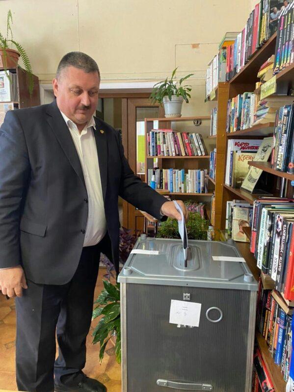В Андреапольском МО работают 4 счетных участка для голосования