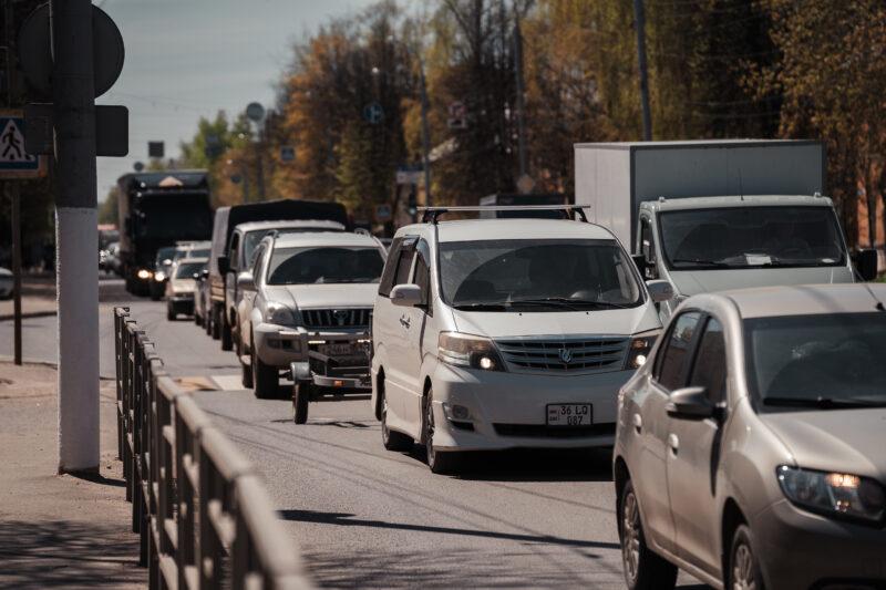 В Тверской области на трассе столкнулось два автомобиля