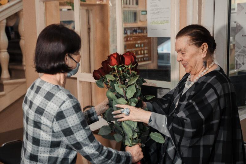Народной артистке РФ - 80: как отметила юбилей прима Наина Хонина