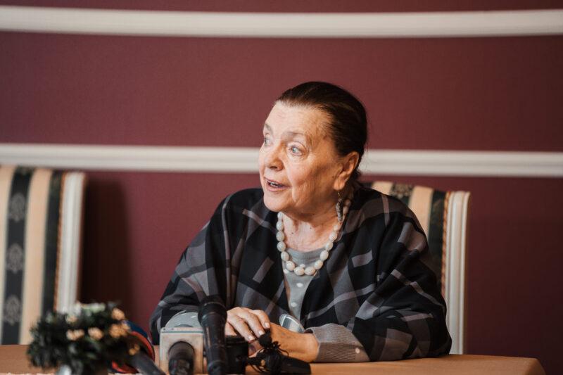 Заслуженной артистке РФ - 80: как отметила юбилей прима Наина Хонина