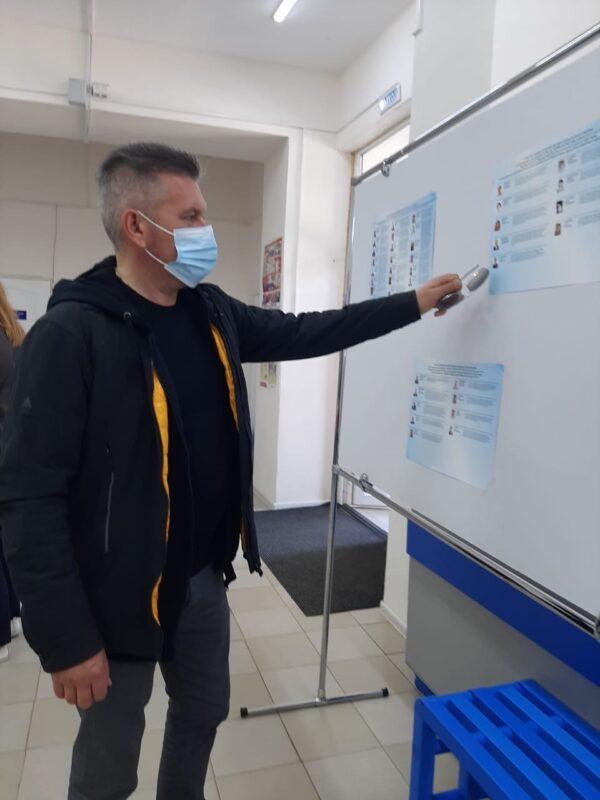 Рем Рихтер: Благодарю всех, кто выразил свое мнение по кандидатам как в электронном, так и в очном голосовании на участке