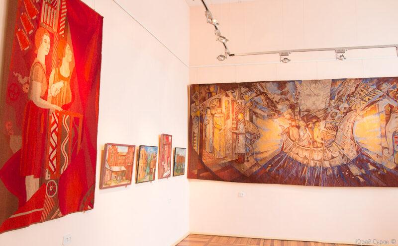 Дом народного творчества приглашает на открытие выставки работ ведущих мастеров Тверской области
