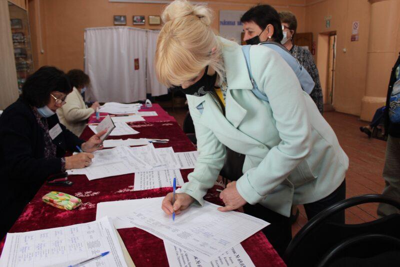 В Бельском районе открыты счетные участки для предварительного голосования