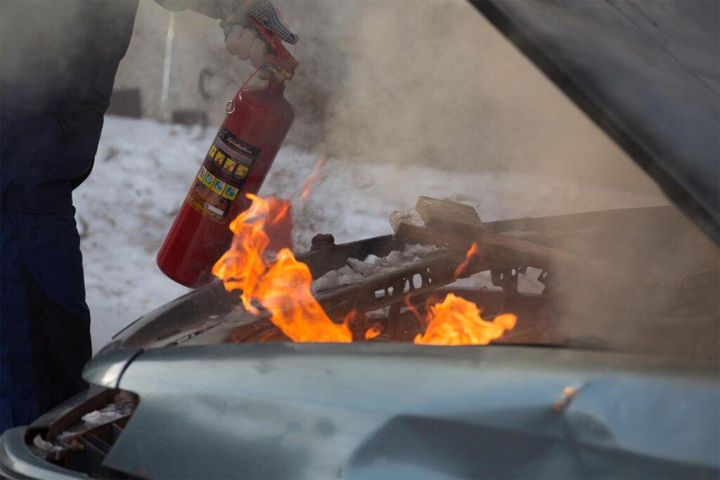 В Московском районе Твери горел автомобиль