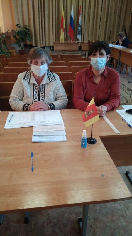 В Лесном МО работают участки предварительного голосования
