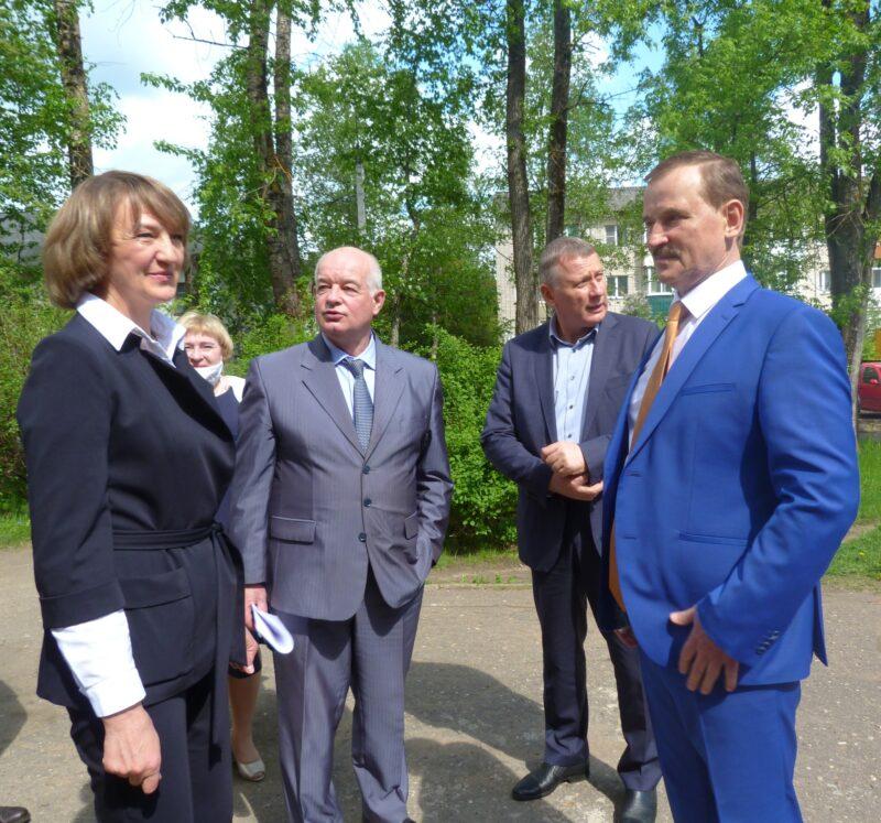 Депутаты обсудили отрасль образования в Нелидово