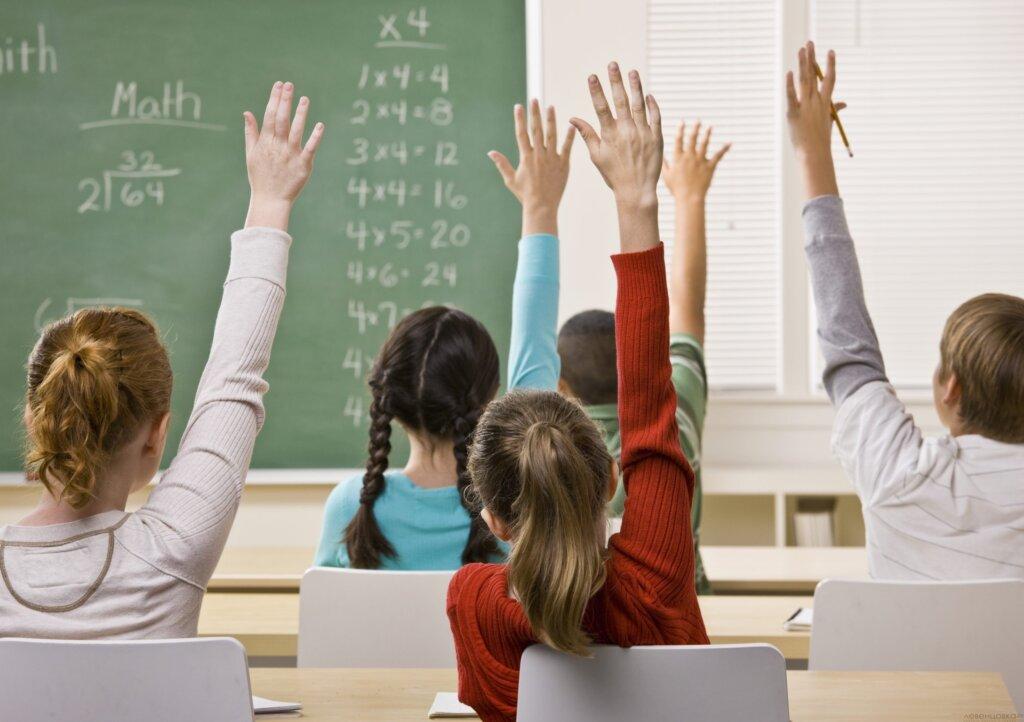 В Тверской областной антитеррористической комиссии прошло обсуждение безопасности школ