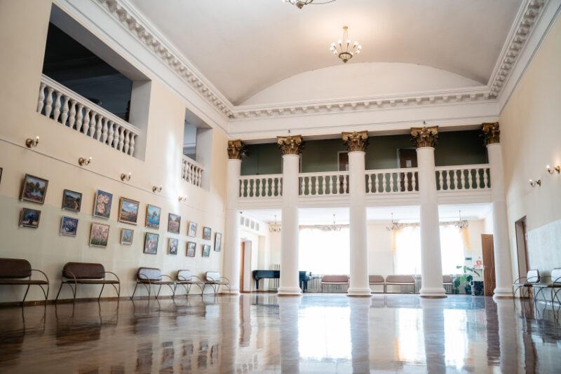 ДК «Химволокно» приглашает окунуться «Мир без границ» совместно со студией шоу-балета