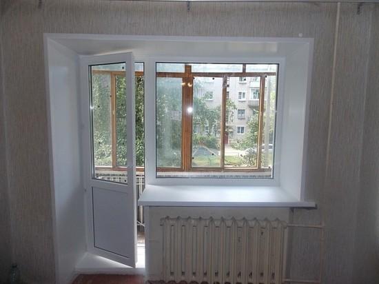 Двухлетний ребенок свалился с балкона в Твери
