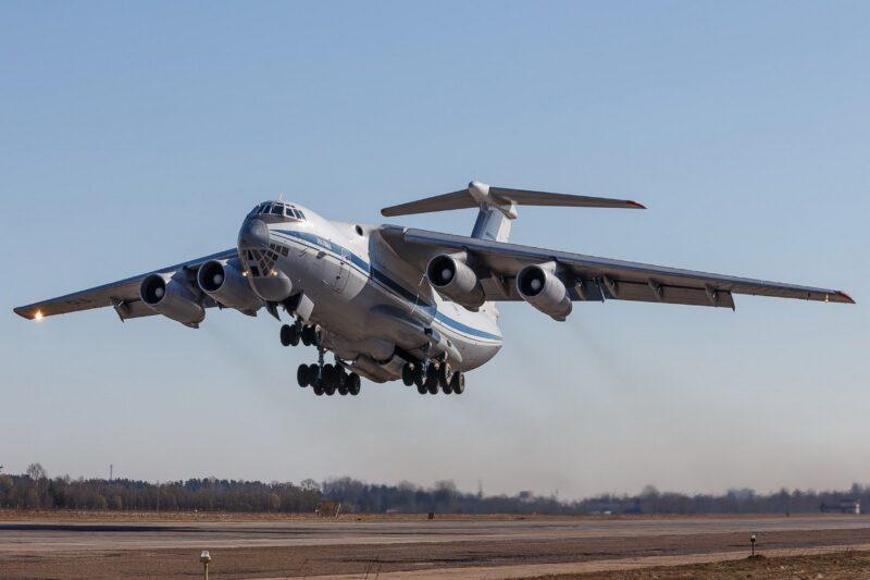 Будущие офицеры прошли лётную практику в небе над Тверской областью