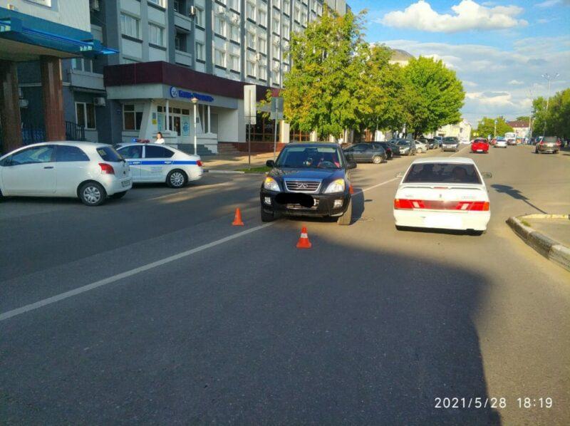 В Твери на улице Желябова сбили 18-летнюю девушку