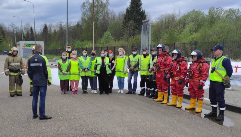В Нелидовском районе сотрудники МЧС провели учения на объекте повышенной опасности