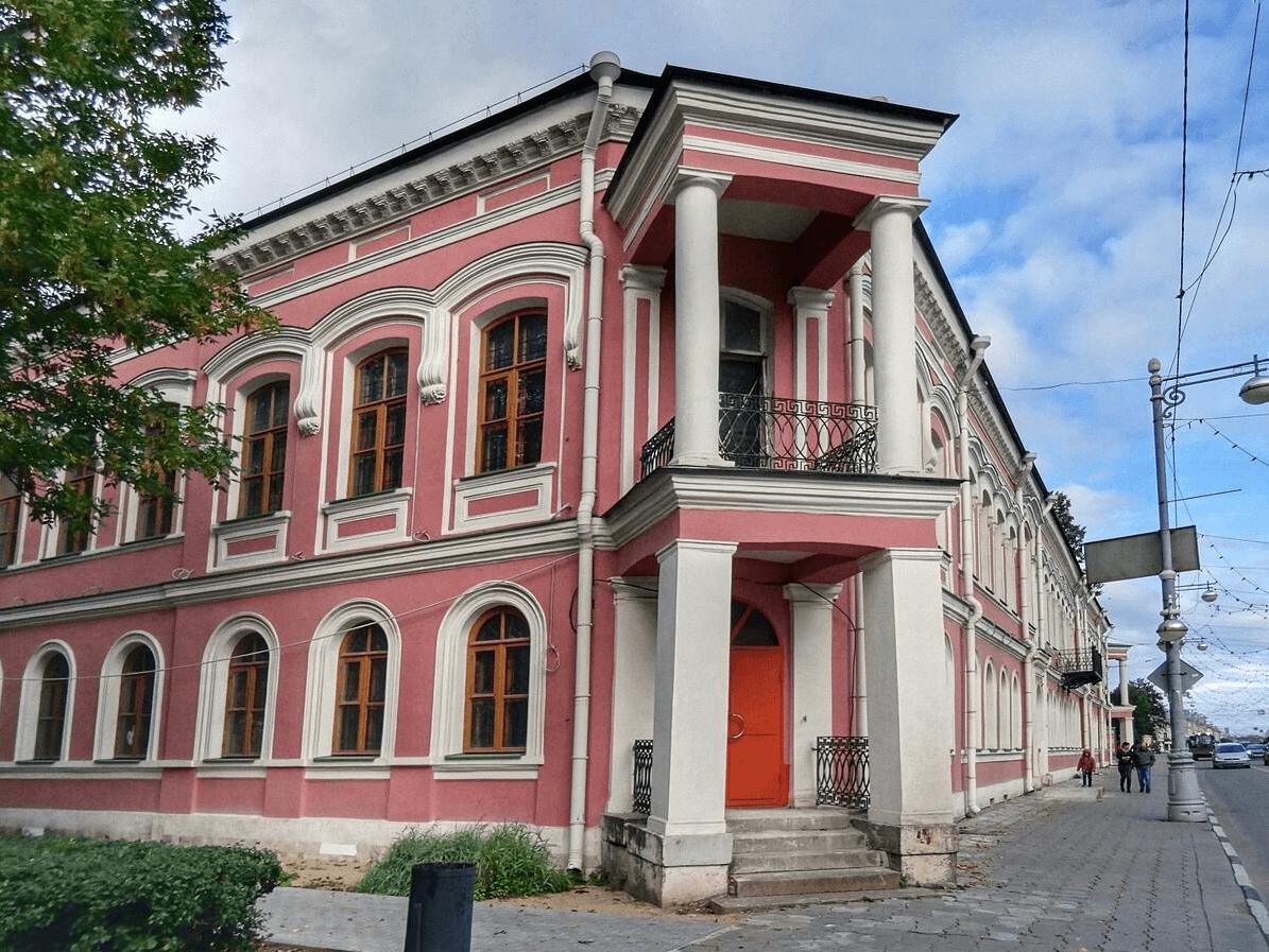 Тверской объединенный музей приглашает юных гостей на экскурсии и мастер-классы