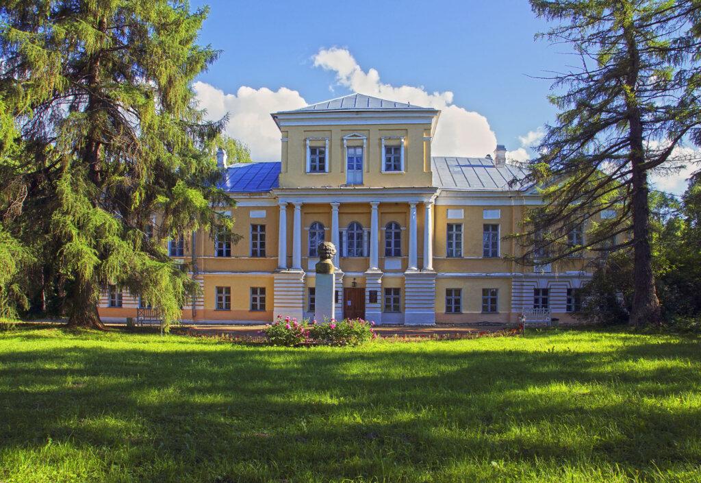 Жителей и гостей Тверской области приглашают на Пушкинский праздник поэзии в селе Берново