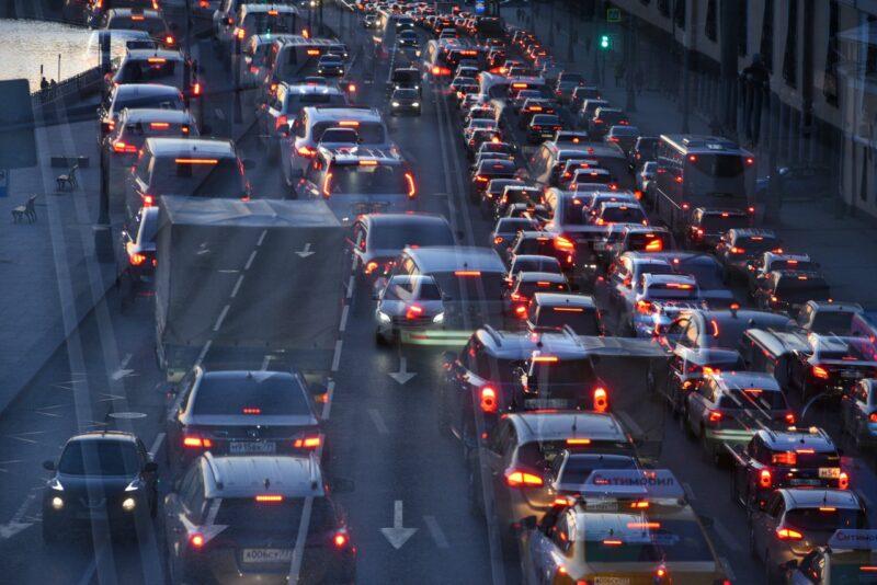 Из-за незнания правил дорожного движения пострадал человек