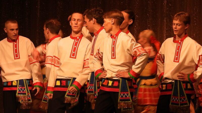 Лучшие народные коллективы ЦФО встретились в Калязине