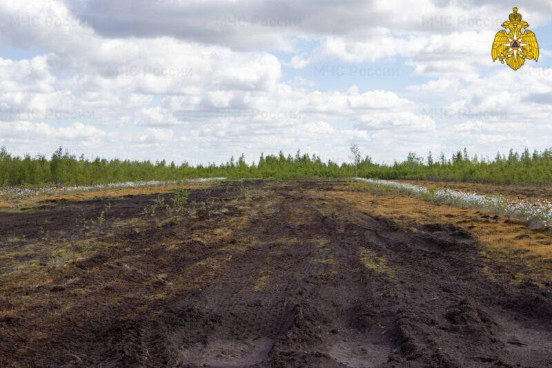 МЧС продолжает мониторинг торфяников в Тверской области
