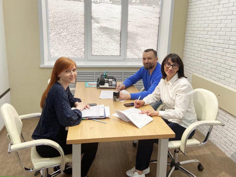 В Фонде содействия предпринимательству Тверской области оформлен юбилейный в этом году заём