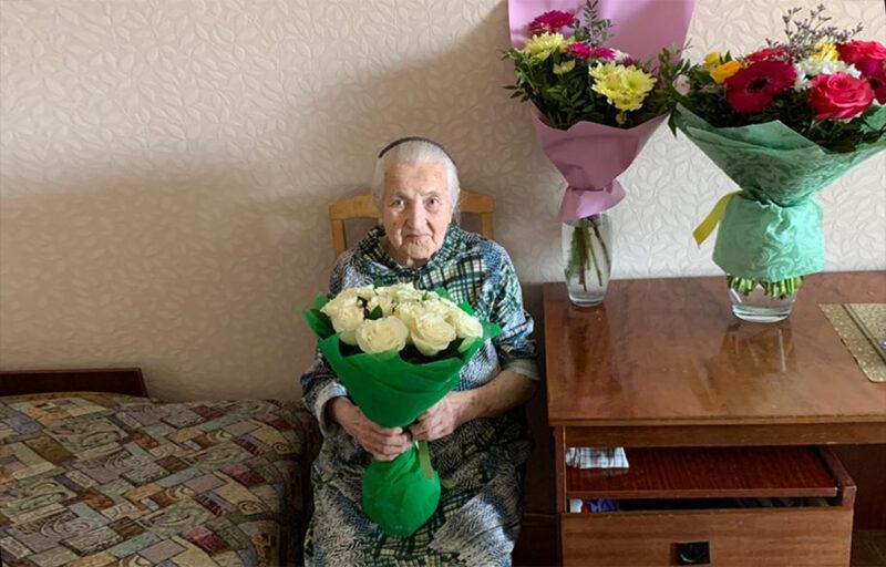 Игорь Руденя поздравил со столетием ветерана Великой Отечественной войны Александру Фёдоровну Громову