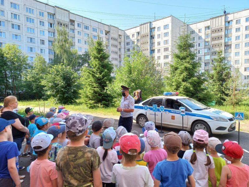 Тверская Госавтоинспекция провела профилактическое мероприятие для дошкольников
