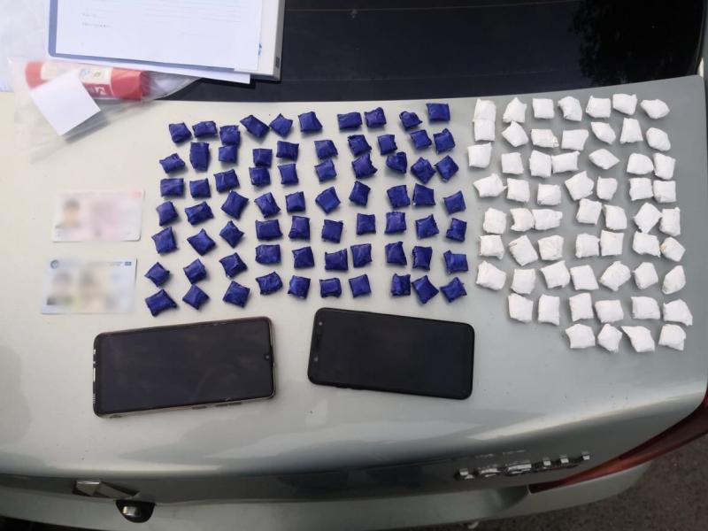 Полицейские Тверской области закрыли канал притока наркотиков