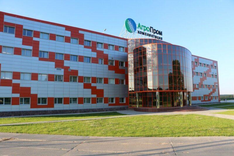 На предприятиях Тверской области реализуются программы по трудоустройству подростков на лето