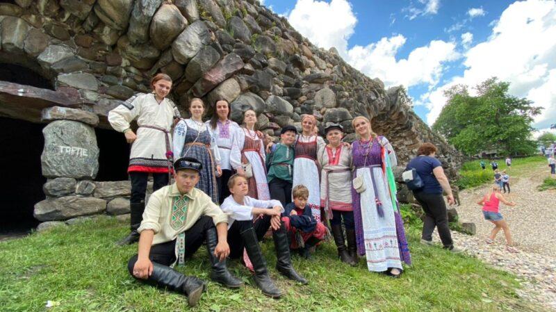 Тверские фольклорные коллективы приняли участие в «Июньской карусели»
