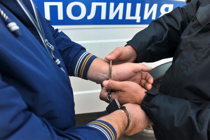 В Тверской области мужчина похитил из магазина конверт с деньгами, игнорируя продавца