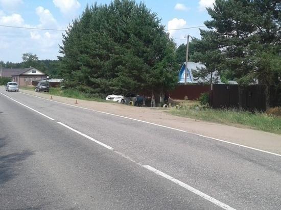 В Тверской области пострадал водитель авто, съехавшего в кювет