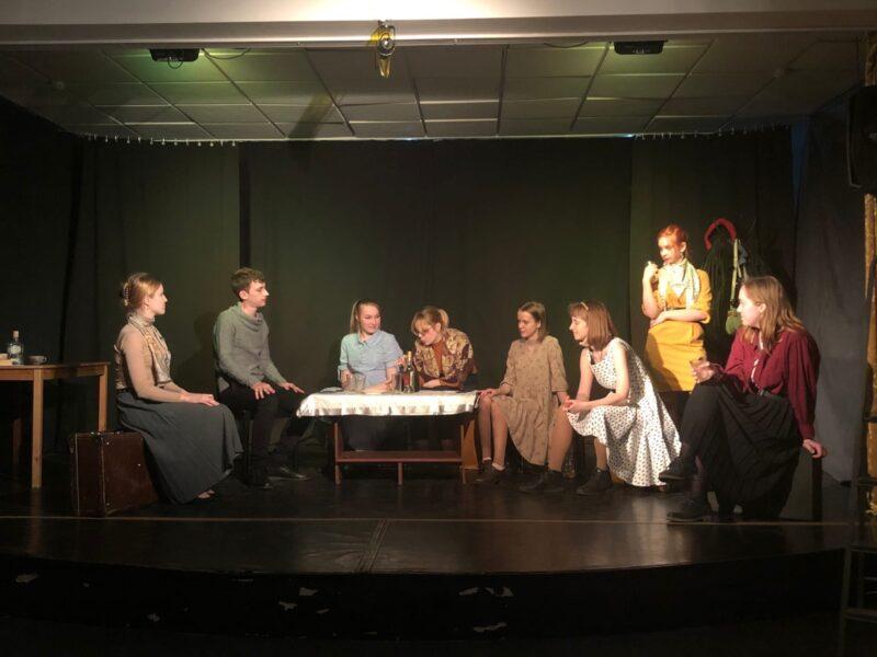 Студийцы тверского студенческого театра бесплатно покажут отчётный спектакль