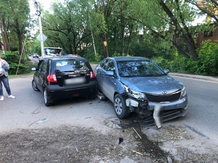 В Твери произошло ДТП на улице Гончаровой
