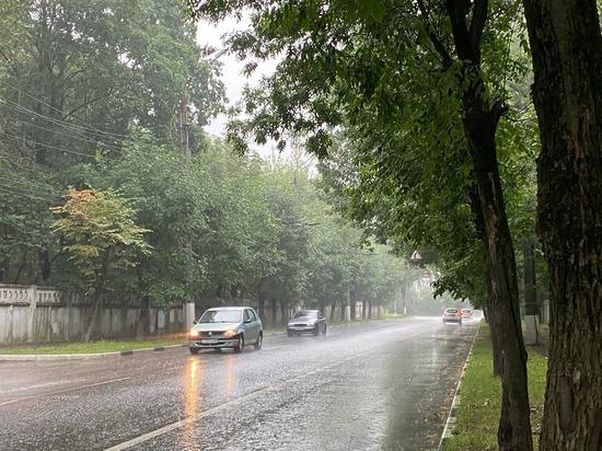 В Твери снова прошел сильный ливень и гроза