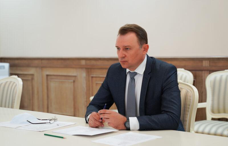 Губернатор Игорь Руденя и глава Бологовского района Геннадий Ломака встретились для обсуждения актуальных вопросов