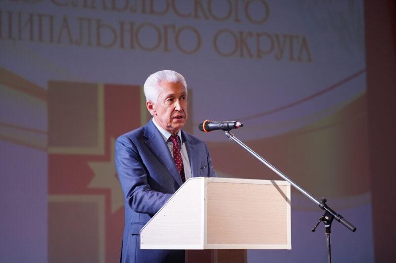 Владимир Васильев лично поздравил жителей Лихославля с Днем города