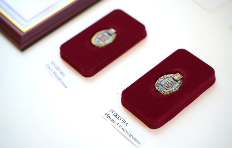 Губернатор Игорь Руденя вручил награды лучшим социальным работникам Тверской области накануне профессионального праздника