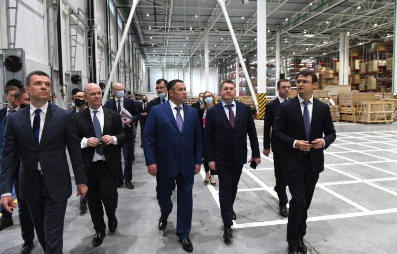 Игорь Руденя принял участие в торжественном открытии в Калининском районе крупнейшего регионального склада запчастей LADA